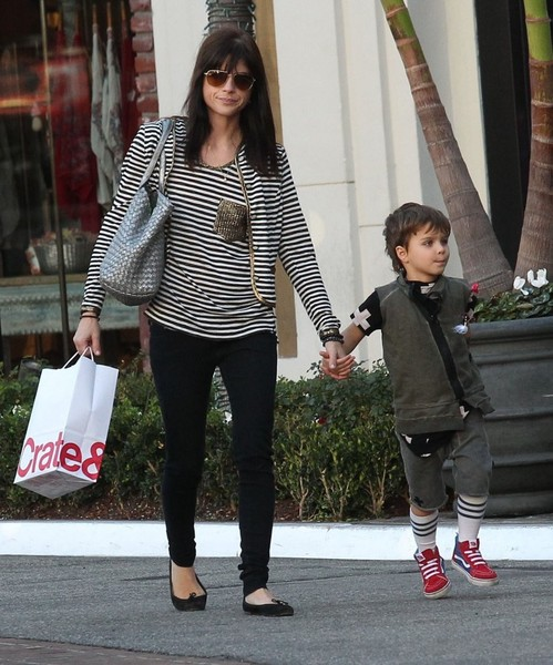 Selma Blair and son Arthur Christmas shopping at the Grove 4