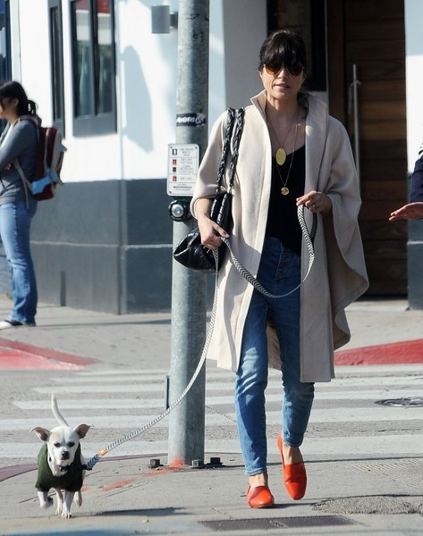 Selma Blair And Her Doggie Ducky 12