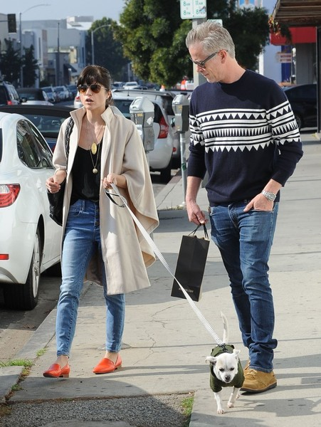 Selma Blair And Her Doggie Ducky 19