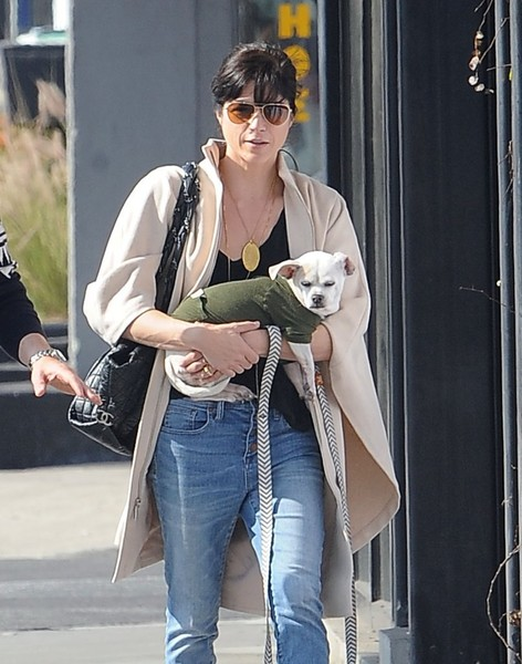 Selma Blair And Her Doggie Ducky 22