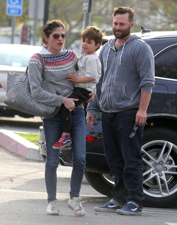 Selma Blair and son Arthur meet with friends at the park 1