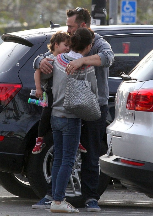 Selma Blair and son Arthur meet with friends at the park 2