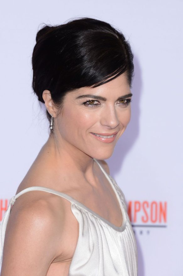 Selma Blair FX Premiere Red Carpet 4