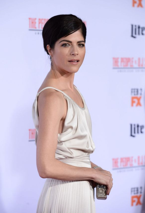 Selma Blair FX Premiere Red Carpet 7