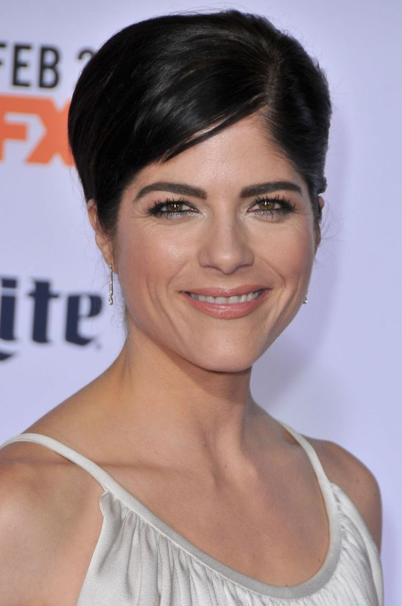 Selma Blair FX Premiere Red Carpet 9