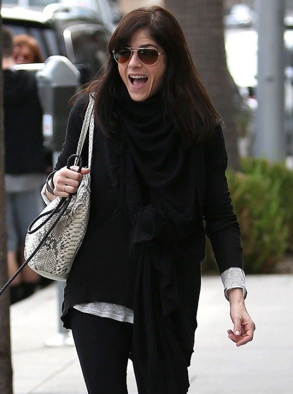 Selma Blair Visits Art Gallery With Arthur And Ducky 2