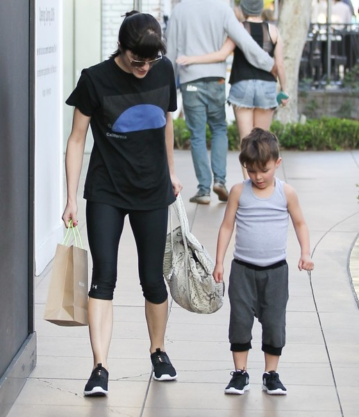 Selma Blair and son Arthur pick up new kicks at the Grove 3