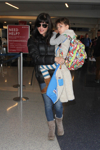 Selma Blair Arrives at LAX with son Arthur 9