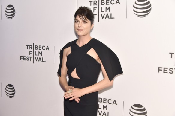 Selma Blair Billie Joe Armstong Red Carpet Tribeca Film Festival 2016 14