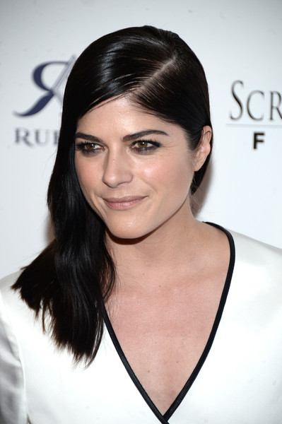 Selma Blair Rosetta Getty Wrap Dress Red Carpet Premiere Mothers and Daughters 11