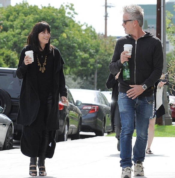 Selma Blair Coffee Stop With A Friend 1