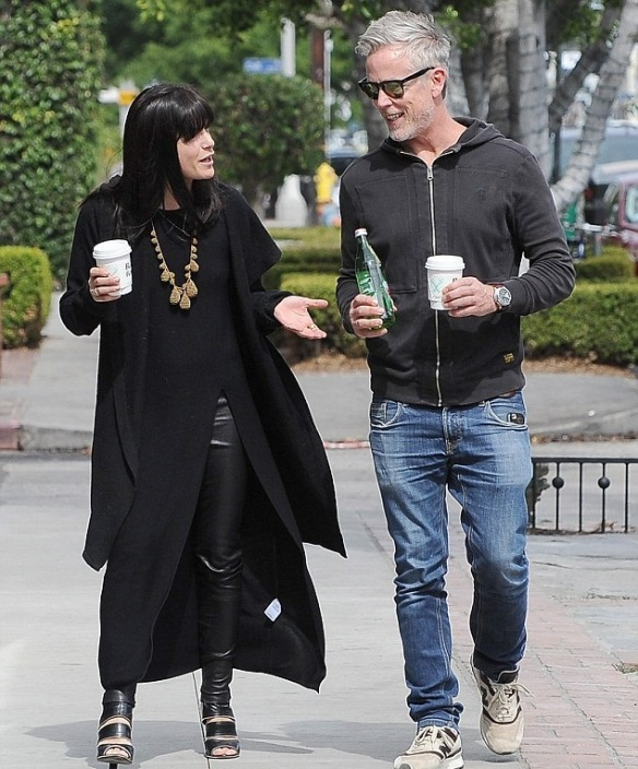 Selma Blair Coffee Stop With A Friend 2