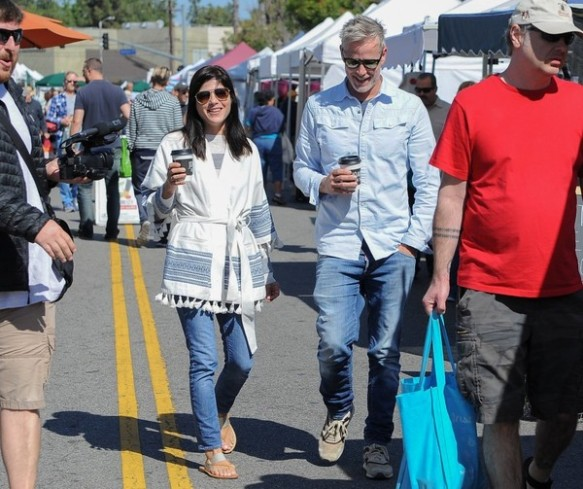 Selma Blair Farmers Market With Friends