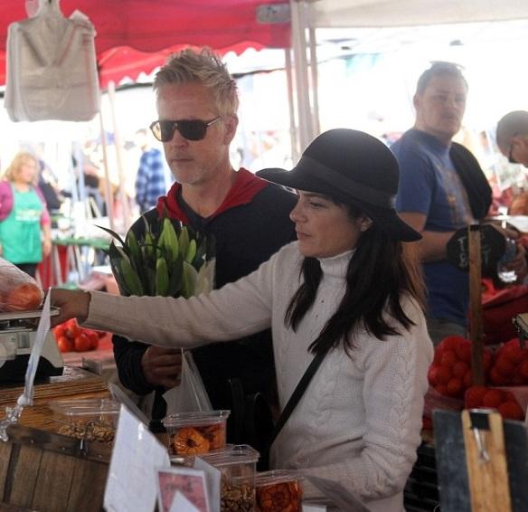 selma-blair-farmers-market-morning-3