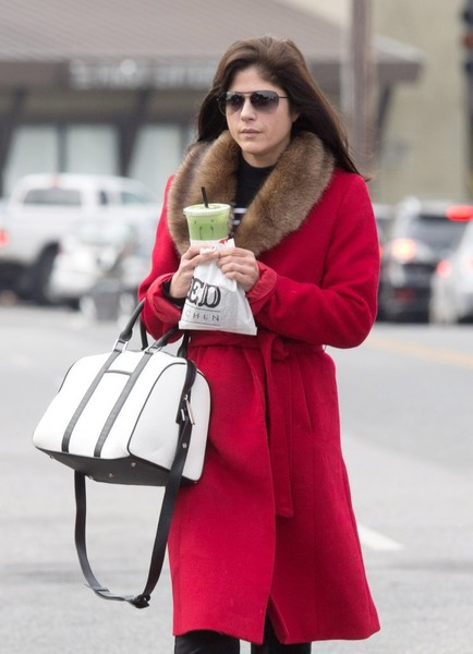 selma-blair-february-candids-3