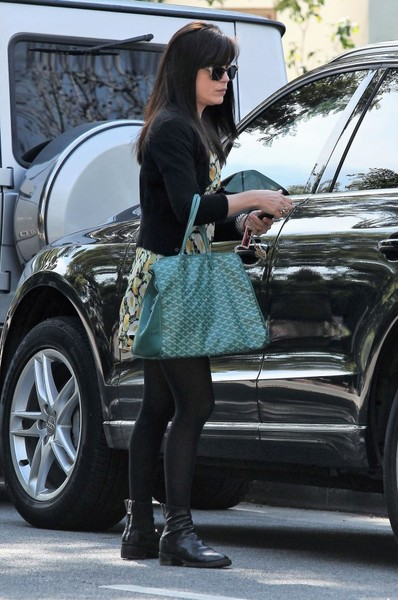 selma-blair-february-candids-8